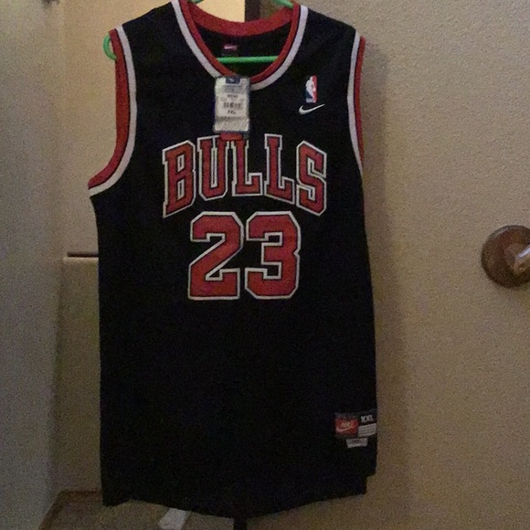 meet 6a708 079b9 Michael Jordan Jersey, Black and red. NWT